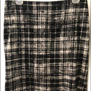 "Ann Taylor wool 19"" lined skirt, black & ivory"